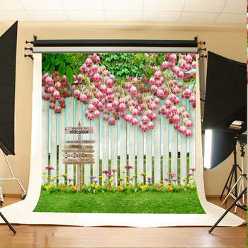 Wedding Photo Backdrops Pink Flowers Green Leaves Photo Booth Backdrop White Fence Grass Background for Photographic Studio