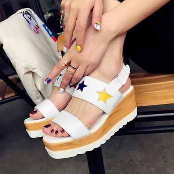 Wedges Summer Sandals Female 2017 Flat Platforms Leather Sandals New Thick Base Stars Open-toed Casual Sandales Talon Femme